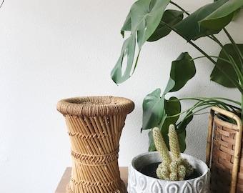 Basket stand/ vintage plant stand /basket display