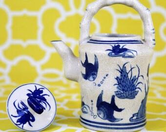 Blue & White Crazed Teapot