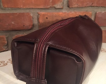 """Travel """"Leather"""" Toiletry Bag"""