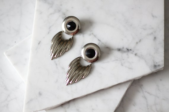 1980s silver drop earrings // 1980s statement earrings // vintage earrings