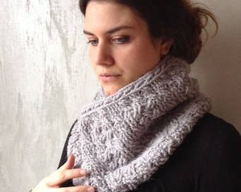 Celtic light grey Infinity scarf, hande made crochet, Alpaca and Wool 100% natural material