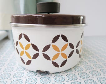 1970s Retro Sauce Pan - Brown, Yellow & White Patterned Pan with Lid. Small Shabby Vintage Pan