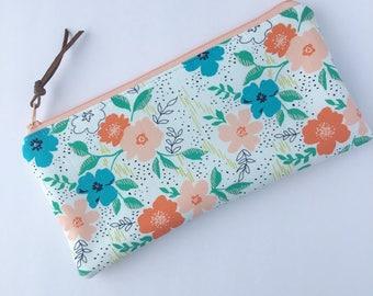 Zipper Pouch - Makeup Bag - Pencil Case - Peach  Flowers Pouch  - Bags and Purses - Makeup Pouch Purse Organzier Gift for Her - Zip Pouch