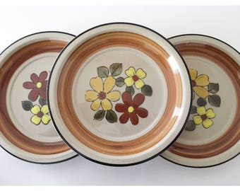 Vintage Plates, JCPenney Daisy Vale Stoneware Plates, Vintage Salad Plates, Floral Plates, Flower Plates