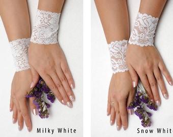 Wedding Cuffs Bride Bracelet Lace bracelets Lace cuff White wedding bracelet cuff bracelet Lace wrist cuff Elegant bracelet gift for bride