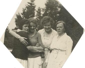 vintage photo 1930 Affectionate Women hug Holds Fold Out Camera