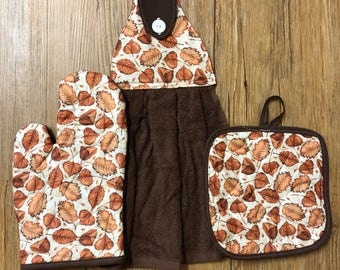 Fall/Leaves Theme Oven Mitt, Pot Holder and Hanging Towel Kitchen Set