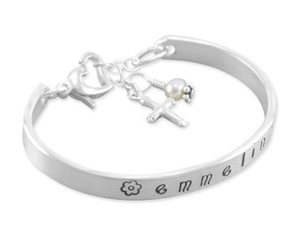 Little Girls Cuff Bangle Bracelet, hand stamped sterling silver, bracelets communion gift, pearl, little girl, personalized, cross, EMMELINA