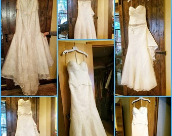 David's Bridal White and Lace Strapless Wedding Dress / Size 10 / Brand New / With Veil / With Belt / Mermaid Wedding Dress