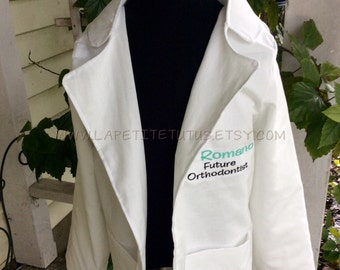Doctor lab coat, future doctor specialist, personalized doctor lab coat, girls coat, boys coat, costume, drss up, handmade, embroidered