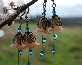 Peach Earrings - Flower Earrings - Woodland Earrings - Vintage Style Nature Jewelry - Dangle Drop Earrings - Peach Wedding - Boho Earrings.