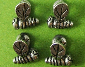 Cute Mini Antique Silver Bumble Bee Dangle Metal Bead 5 pcs