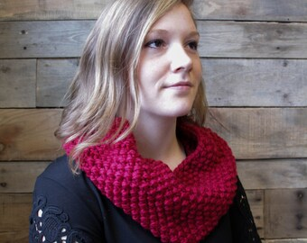 Chunky Knit Cranberry Red Cowl / Infinity Scarf