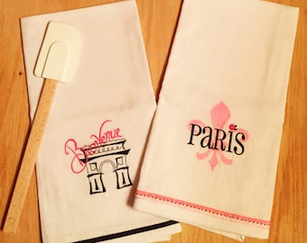 Set of 2 FLEUR de lis Arc de Triumph Dish Towels PARIS theme, Embroidered hand made