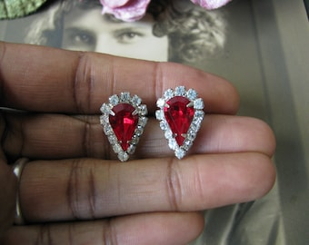 Vintage 1980's Red & White Rhinestone Stud Earrings, Vintage Red Rhinestone Stud Earrings