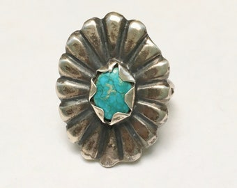 vintage turquoise flower ring, size 7.5