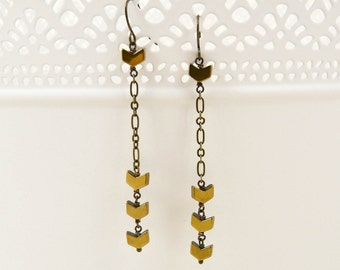 Antiqued Brass Chevron Earrings - Hematite And Chain