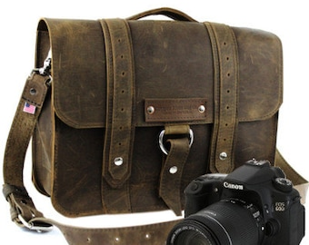 """15"""" Distressed Tan Sonoma Voyager Leather Camera Bag -"""