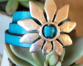 Big Bloom Teal Textured Triple Wrapped Leather  Bracelet with Magnetic Clasp