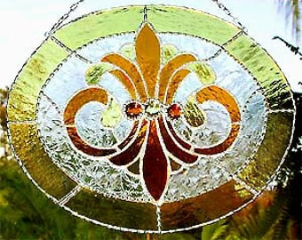 Stained Glass Suncatcher in Gold, Glass Art, Decorative Solder Work, Glass Sun Catchers, Window Art, Glass Suncatchers, Glass Gift, 9560-GL