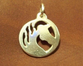 Horse silhouette pendant - Sterling silver