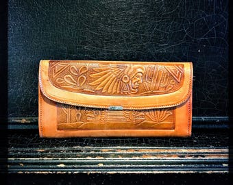 Vintage Leather Wallet   Folk Art   Handcrafted   Hand Tooled   Mexico   Ladies