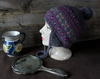 Very warm hat, made by hand.