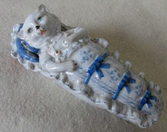 c1880s Staffordshire, Conte  Cat in a Cradle Fairing, Jewelry Box, Vanity Box