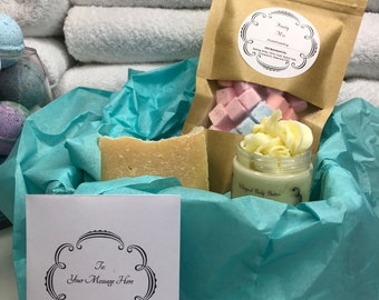Mothers Day Gift Set, Gift for Mom, Bath Bombs, Spa Set