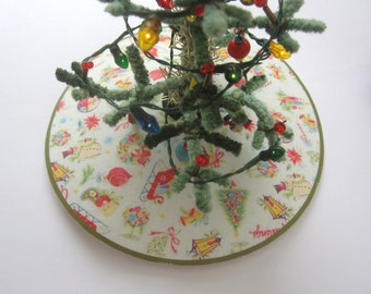 dollhouse christmas tree skirt 12th scale miniature
