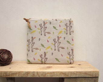 Hand printed Pouch, purse, Cosmetic bag, Zipper Pouch, Gadget case, Linen pouch, Hand stamped