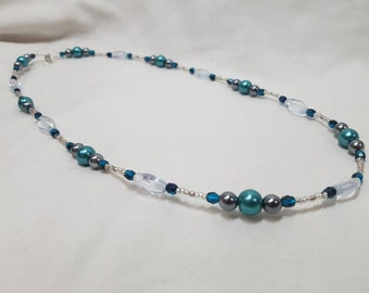 Teal pearl and glass set