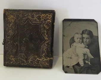 8 Antique 1900's  Tintype Photographs of Victorian People & Baby w/ a Original Frame -8 / As Is