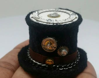 Tiny Steampunk Top Hat with watch gears #4