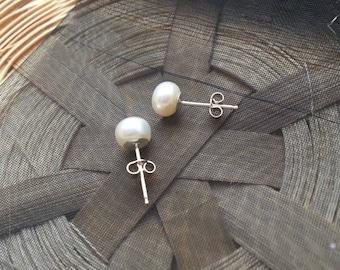 White Fresh Water Button Pearl Sterling Silver Earrings 6-7mm Grade AAA
