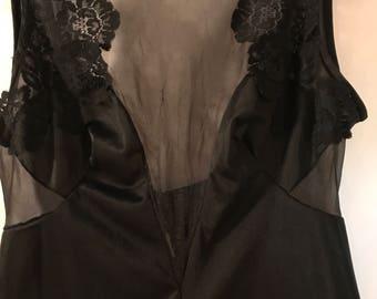 Black Lace Top Négligée