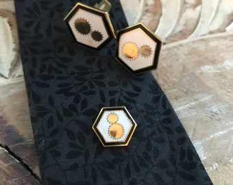 Mens Cuff Links and tie clip