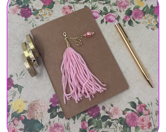 Pink Yarn Planner Tassel with a Gold Heart and a Pink Pearl