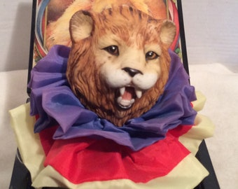 """Vintage Enesco Music Box Limited Edition """"The Entertainer"""" Monarch of the Midway"""