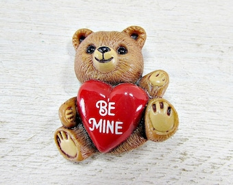 Vintage Brooch Pin, HALLMARK Brooch, Valentines Day Brooch, Bear with Converstation Heart Brooch, 1980s Vintage Jewelry, Valentines Day Gift