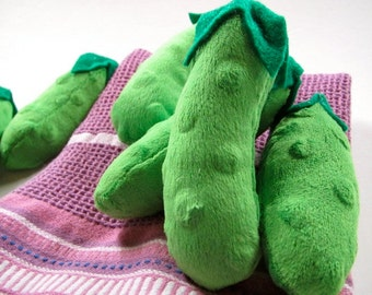 Perky Pickle - They're a Dilly Good Time - a nip-filled cat toy