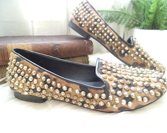 Vintage Studded Animal Print Slip On Flats ~ Steve Madden ~ Size 6 1/2 ~ leather
