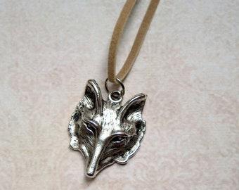 Necklace suede Ribbon Fox Silver color
