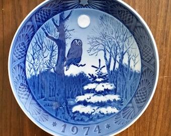 1974 Vinterskumring Royal Copenhagen Denmark Winter Twilight Hanging Plate, Owl Plate, Blue Plate, Blue Owl