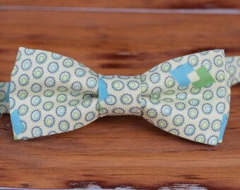 Boys Bow Tie - Ovals with Triangles in Cream Blue Green Cotton bowtie, infant baby bow tie, toddler bow tie, little boy bow tie, wedding tie
