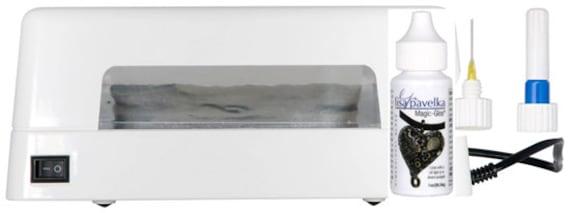 Lisa Pavelka UV Light Combo kit, includes uv light,  Magic-Glos™ - UV Resin and detail applicator tip