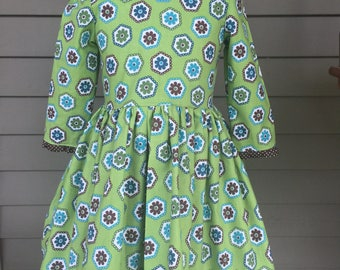 Little Girls Green BrownFlower Power Dress Size 6 RTS