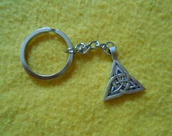 Large celtic knot key chain