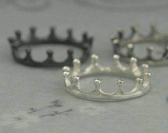 Ancient Crown--Sterling Silver Crown Ring--The White Queen Inspired Crown Band--Cast in Solid Sterling Silver