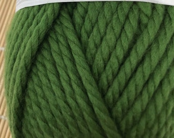 Green Bulky Weight Acrylic/Superwash Blend Yarn - Cascade Yarns Pacific Bulky #33 Cactus